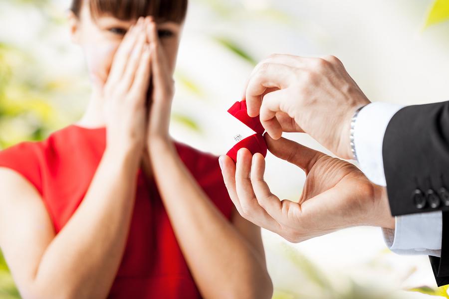Engaged / Bague de fiançailles