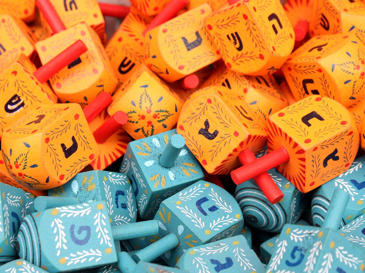 dreidels wooden toys