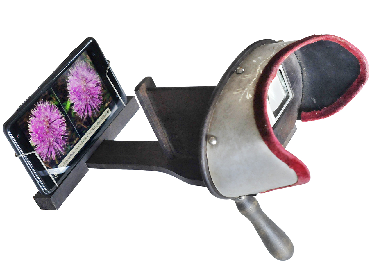 Victorian stereoscope adapted for use with smartphone