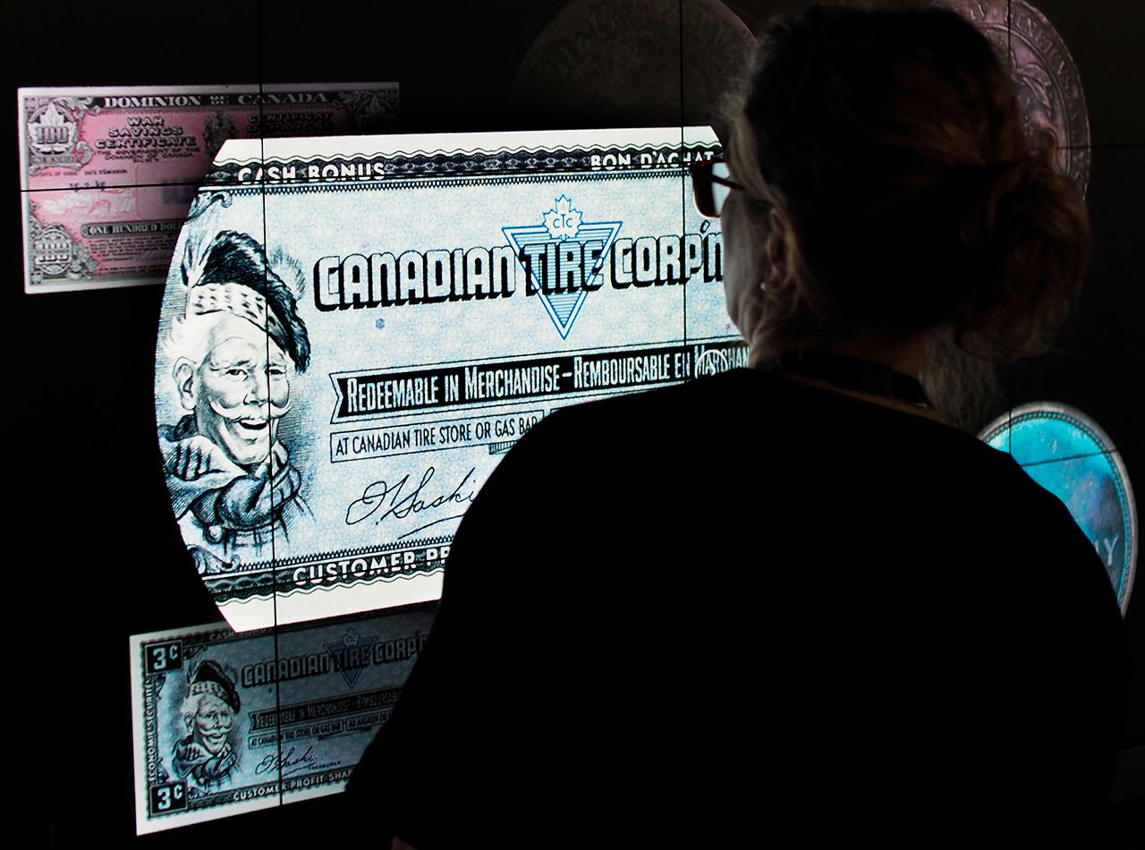 extremely enlarged image of a bank note on a screen