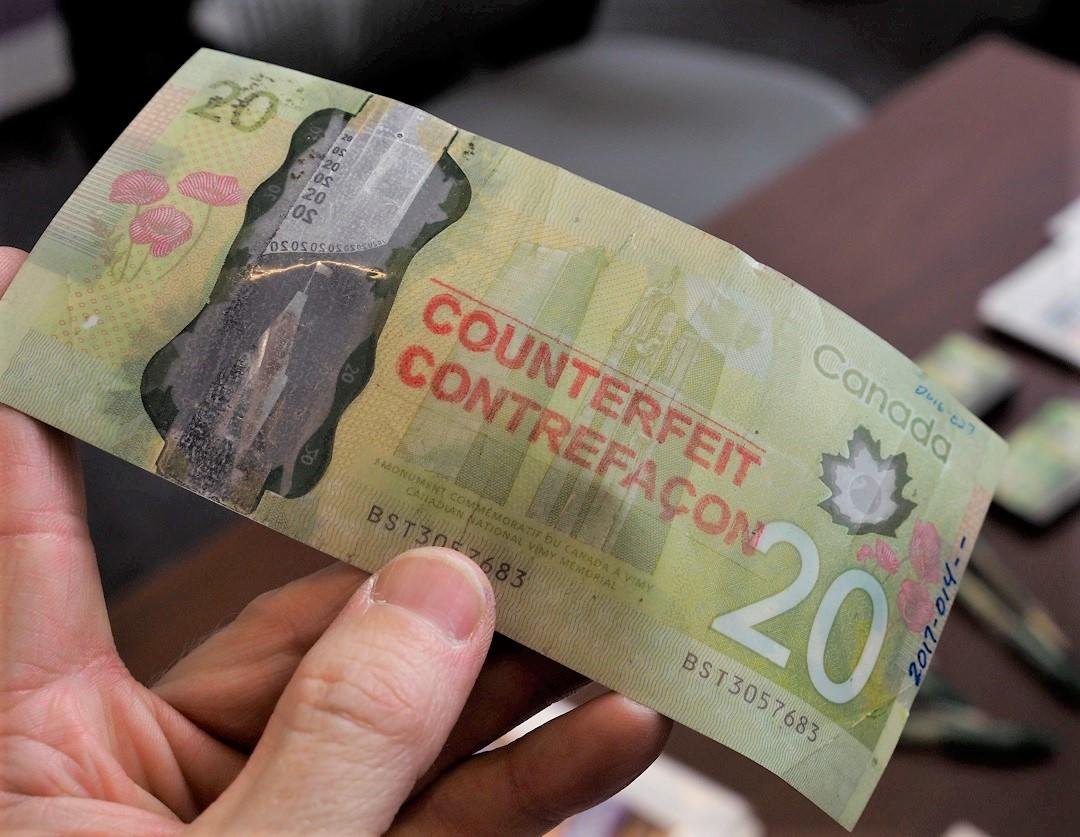 Canadian counterfeit 20-dollar bank note