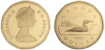 Two sides of a gold-coloured coin showing the Queen on the front and a loon on the back.